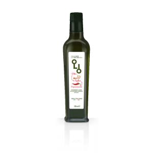 olio d'oliva aromatizzato all'aglio e peperoncino