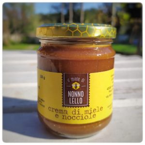 Crema miele e nocciole